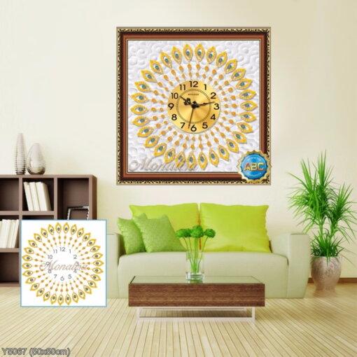Y5067 Tranh đính đá Đồng hồ họa tiết lông con công màu vàng kích thước siêu nhỏ 50x50 cm