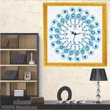 Y5070 Tranh đính đá Đồng hồ họa tiết lông con công màu xanh kích thước siêu nhỏ 60x60 cm
